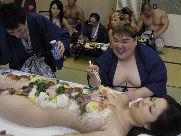 Hot nude girls bending over