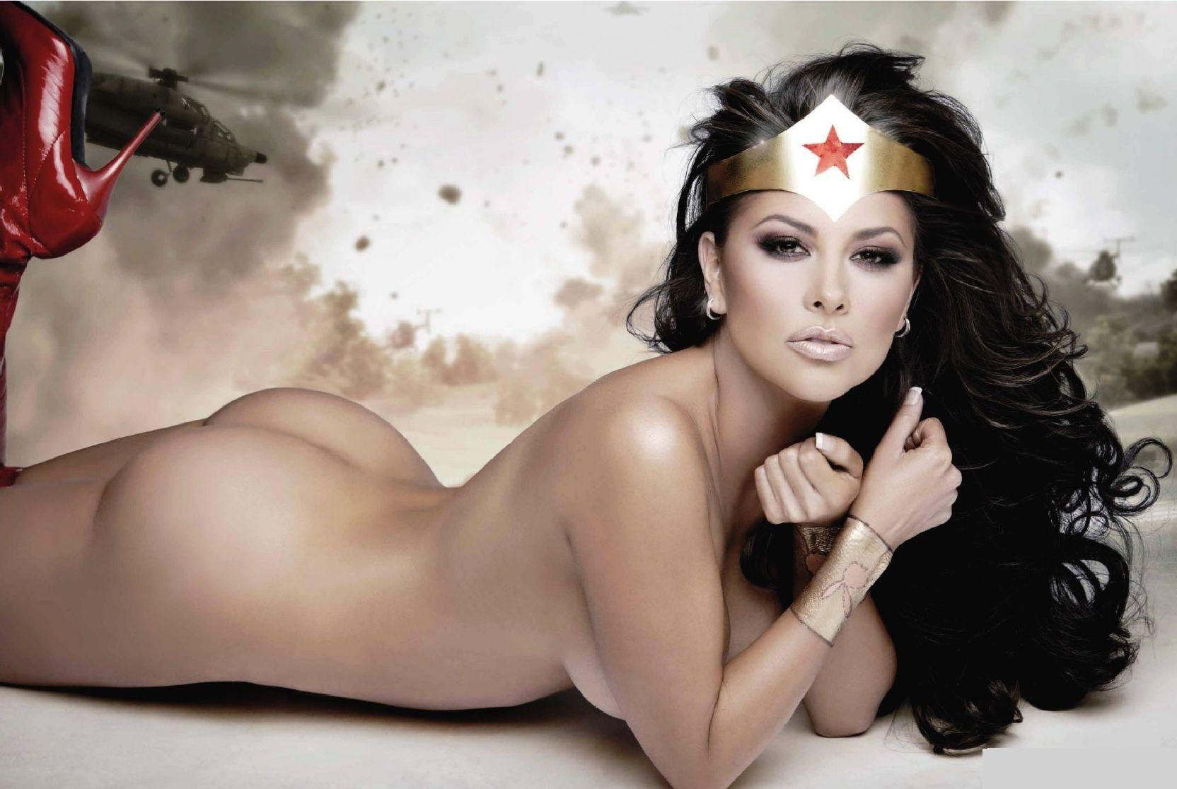 Fotos desnudas olf wonder woman