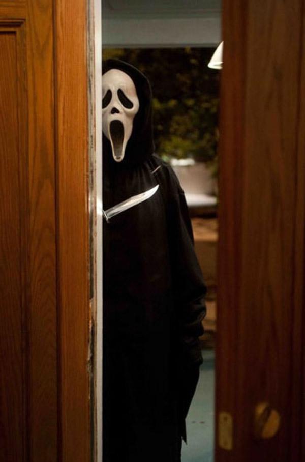Clatto Verata » 'Scream 4′ Looks Killer, But Is Ghostface Still Scary? - The Blog of the Dead