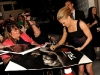 anna-paquin-true-blood-premiere-signing