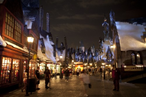 Hogsmead_Entrance