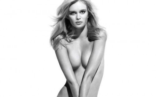 Sara Paxton makes a strong pro-3D argument.