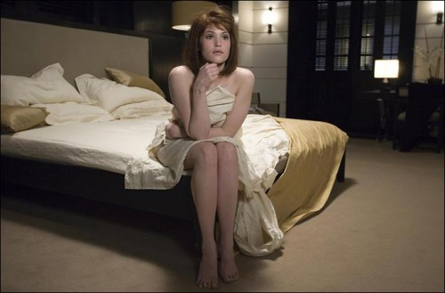 Gemma_Arterton_bed