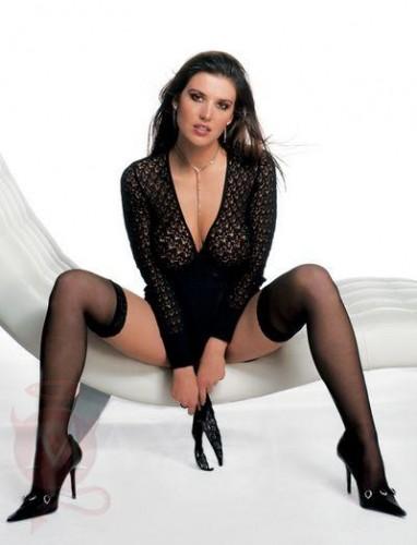 Barbara Auer Feet
