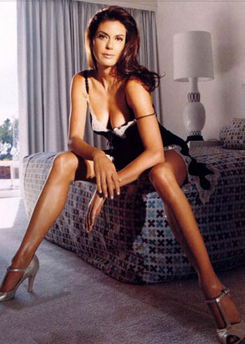 Teri Hatcher Bed ... Audrey Marie Anderson (Claire Connor). Going to California: The Naked ...
