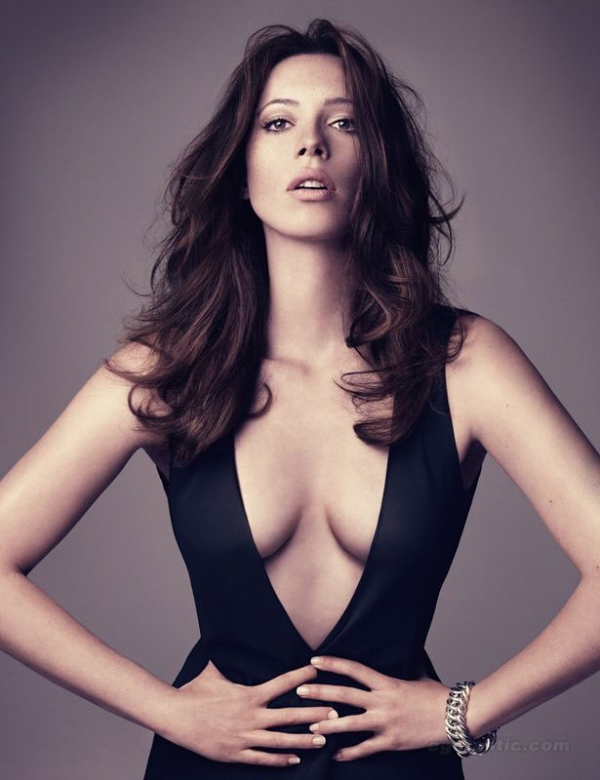 Clatto Verata » 'The Town's' Rebecca Hall Plays Paranormal ...