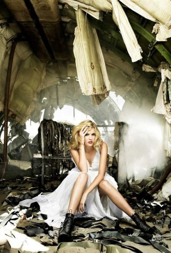 Maggie_Grace_Lockout_Star