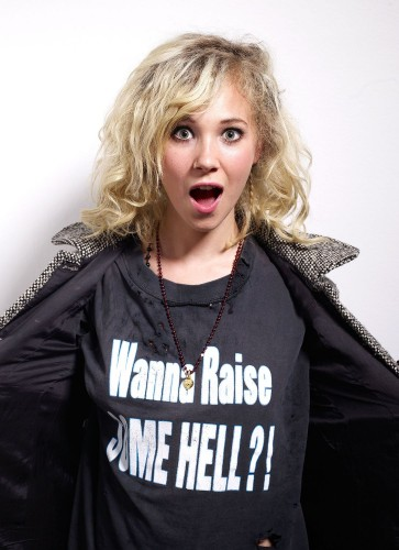 juno-temple-batman-hooker