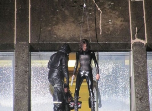 kate-beckingsale-leather-underworld-4