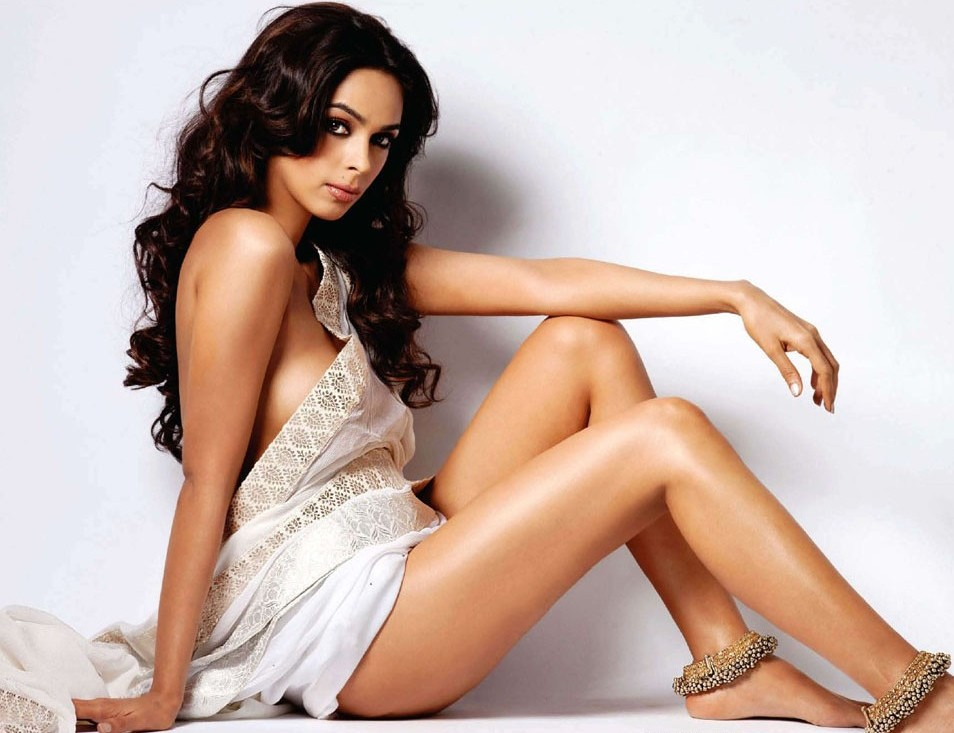 Hotties mallika sherawat nude