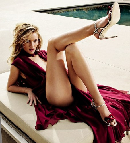 Rosie-Huntington-Whiteley-Vagina-Teasejpg