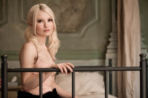 emily-browning-magic-magic