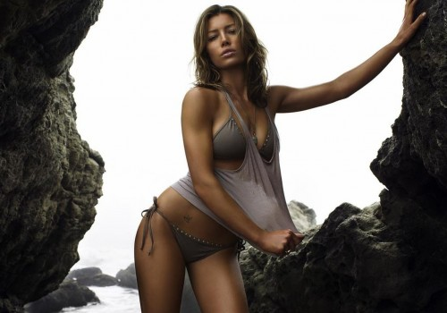 jessica_biel_hot-bikini_total-recall
