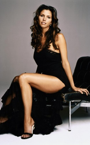 Charisma-Carpenter-leggy