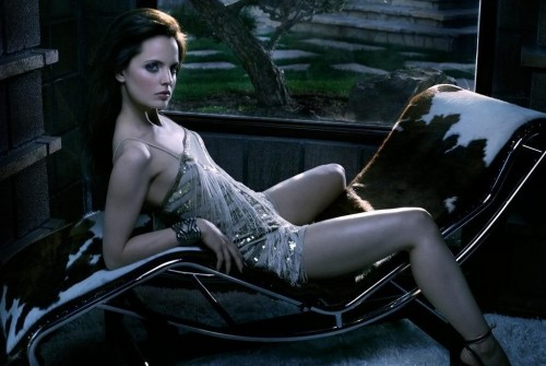 Mena_Suvari_Legs