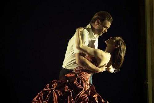 rose-mcgowan-patrick-john-flueger-tell-tale-dancing