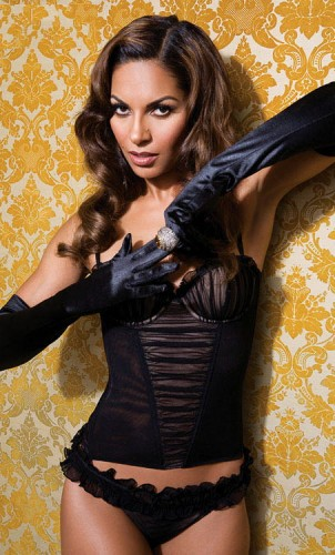 salli-richardson-whitfield-lingerie