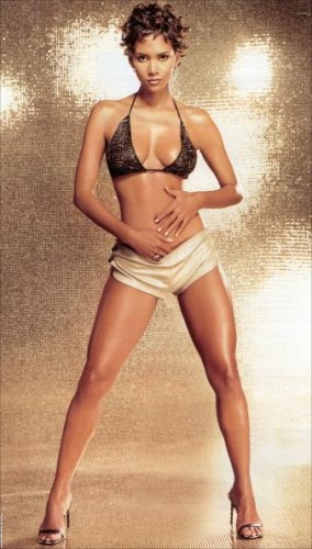 Halle_Berry_skimpy