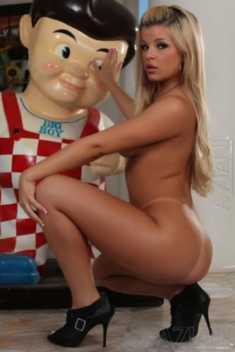 Pinay model busty boobs