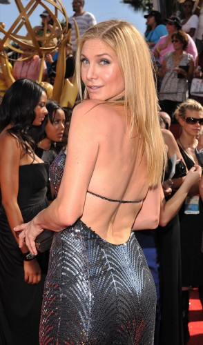 Elizabeth-Mitchell-butt-shot