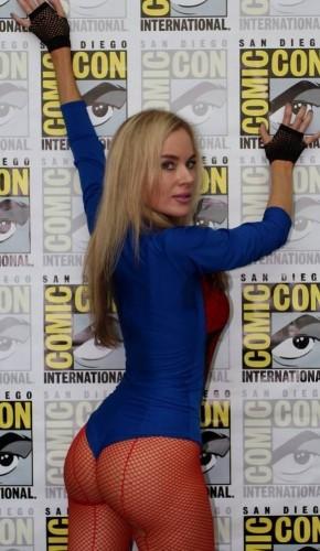 paula-labaredas-spidergirl-butt