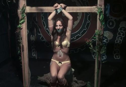Briana-Evigan Tied-Bikini