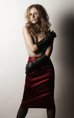 sarah-michelle-gellar-topless