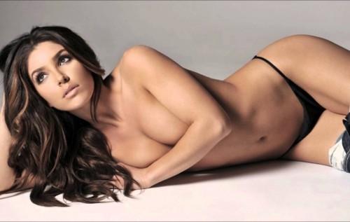 Melissa-Molinaro-semi-nude