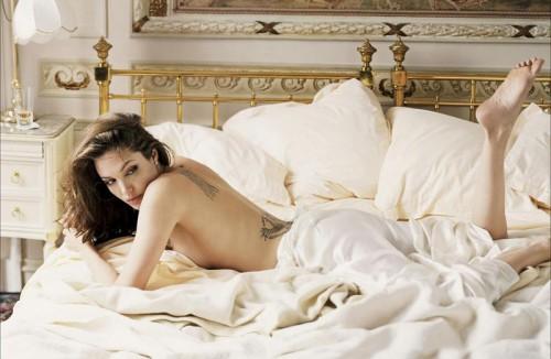 angelina-jolie-semi-nude