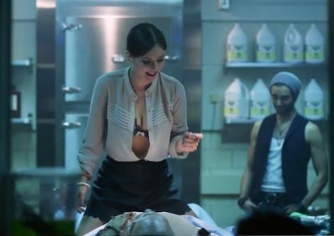 Katharine-Isabelle-boobs