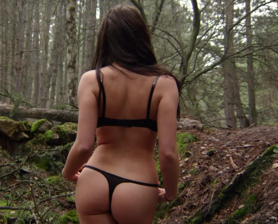 Aqueela zoll nude wrong turn 6 last resort 2014