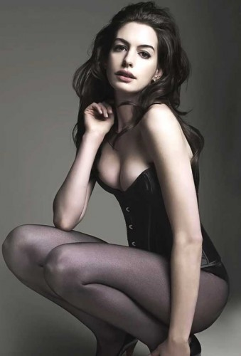 Anne-Hathaway-sexy