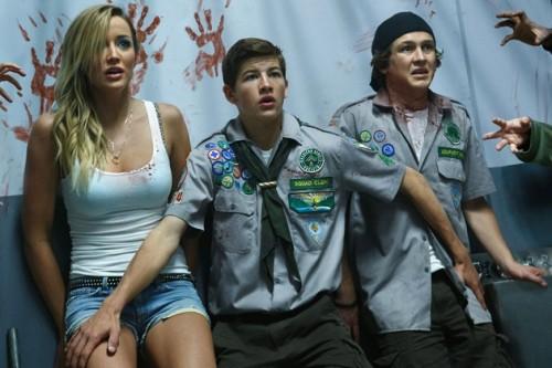 sarah-dumont-scouts-zombie