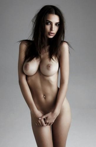 Emily-Ratajkowski-Nude