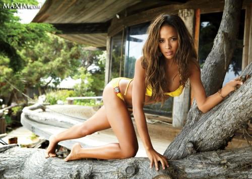 Dania_Ramirez_bikini