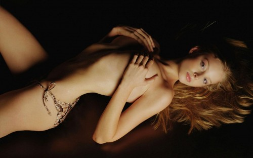 rachael-nichols-semi-nude