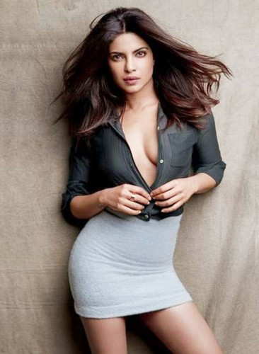 priyanka-chopra-hot