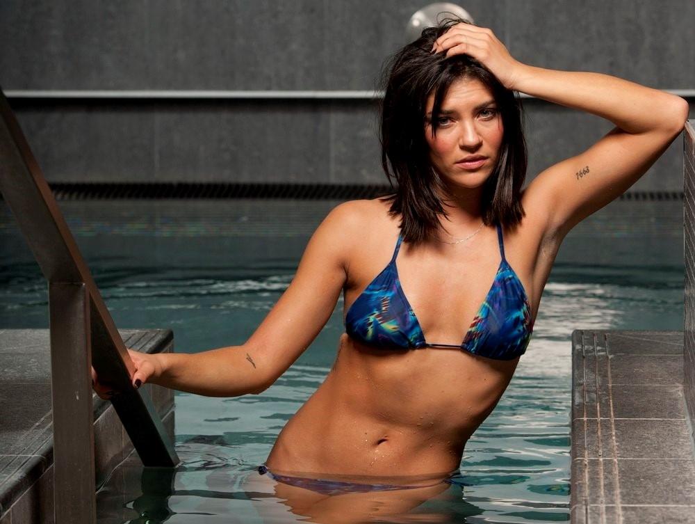 Jessica szohr nude pics